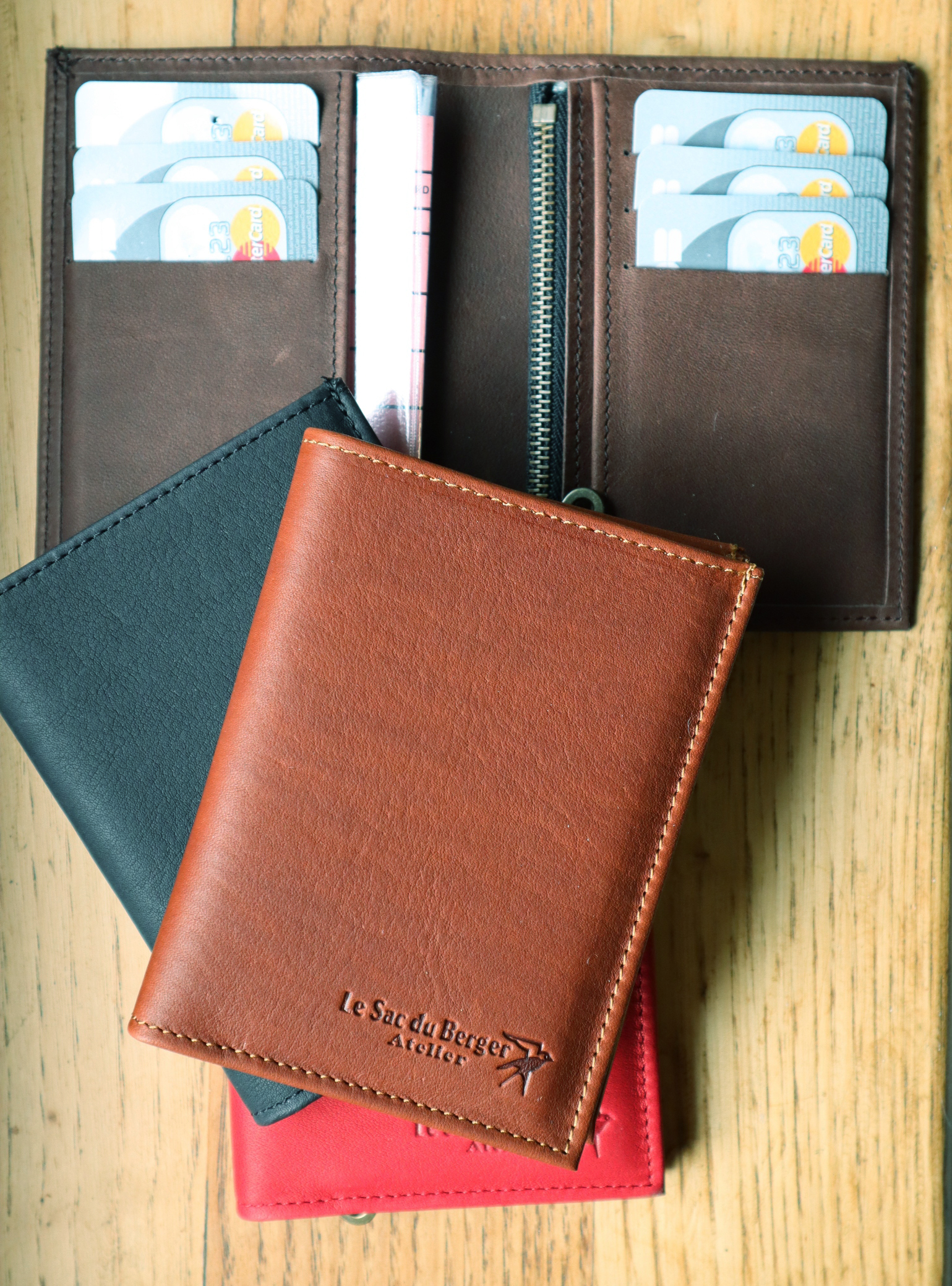 Portefeuille n°1 en cuir - différents coloris