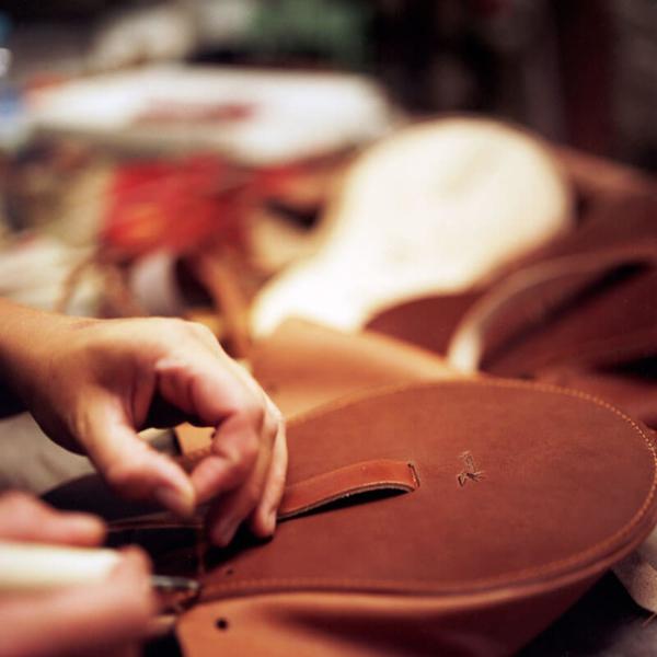 Fabrication française de sac en cuir